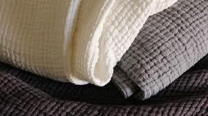 Comment  bien choisir  ses tissus d'ameublement – Le choix des matières