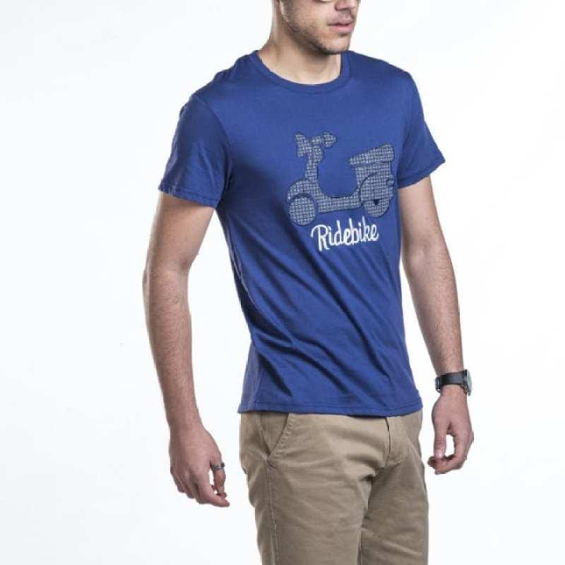 Camiseta con vespa bordada