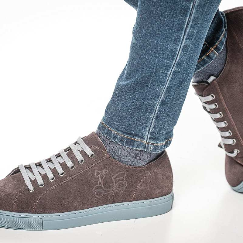 Zapatillas de piel café