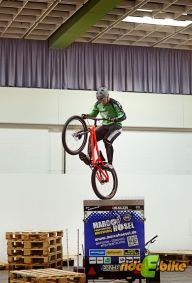 Trialshow_Marco_Hoesel_in_Aktion_VeloBerlin