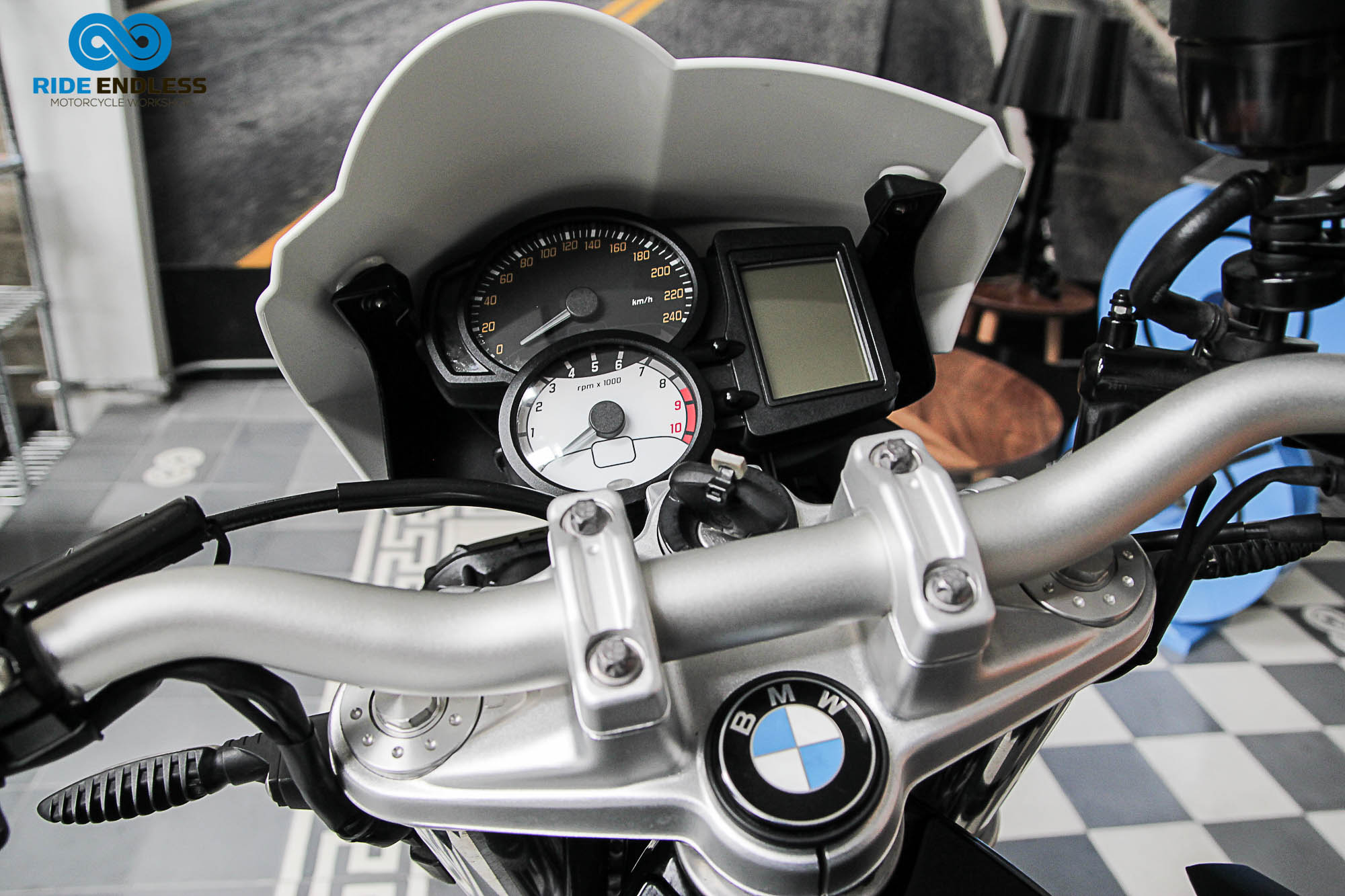 BMW F 800 R MODELO 2011