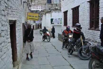 motorbikes far west
