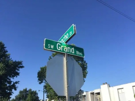 You can find signs for Grand Boulevard all around Oklahoma City.