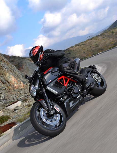 2011 ducati diavel carbon road test | rider magazine reviews