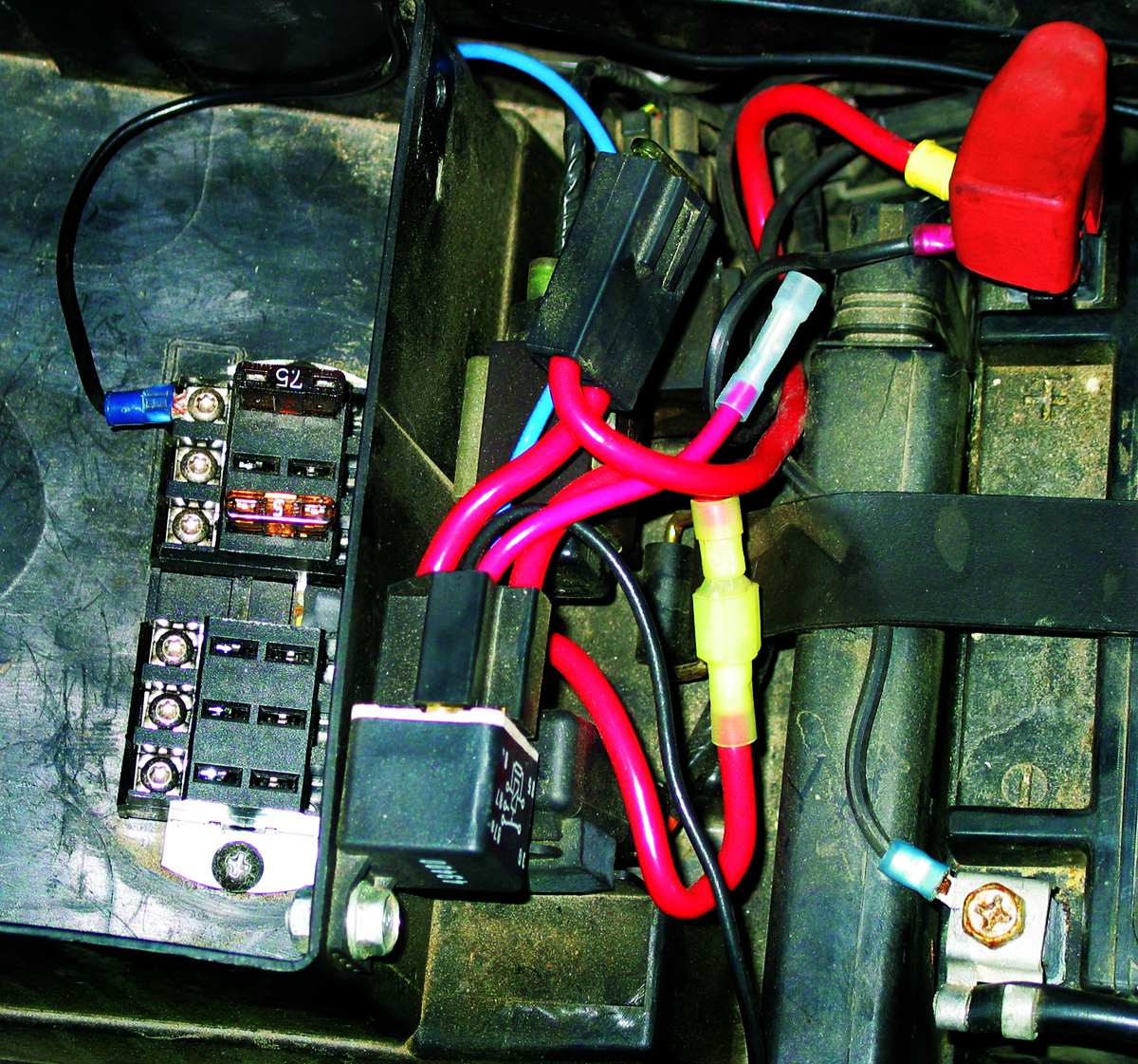 hight resolution of small motorcycle fuse box