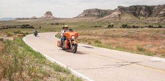 Riding up the Summit Road with three friends that I met at Scotts Bluff National Monument.