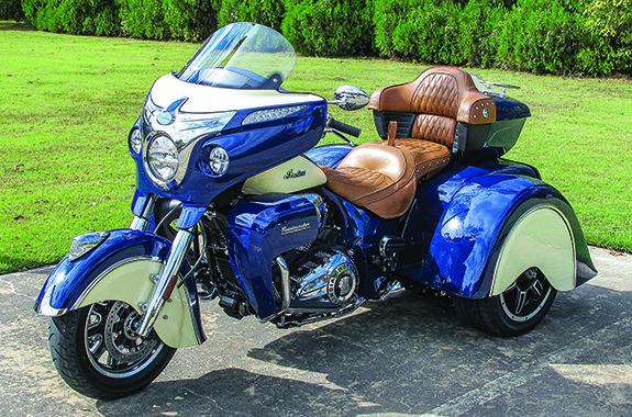 2016 Motor Trike Indian Roadmaster Tomahawk First Ride