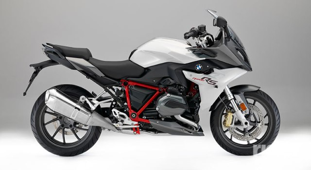 """2017 BMW R 1200 RS in """"R 1200 RS Sport"""" color scheme."""