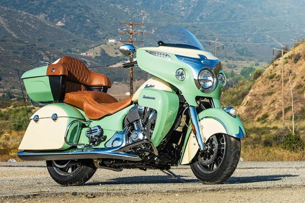 2017 Indian Roadmaster in Willow Green over Ivory Cream