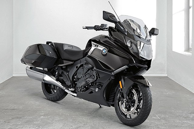 Based on the six-cylinder K 1600 GT platform, BMW's new K 1600 B bagger was inspired by Concept 101.