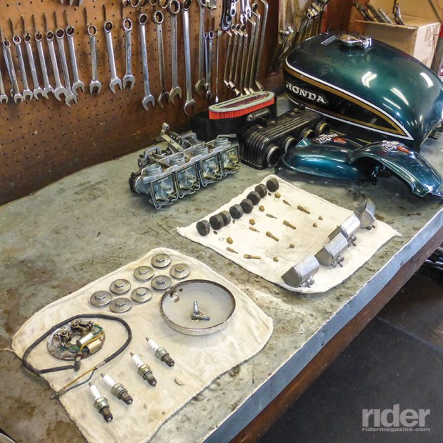 The author's CB750 vitals awaiting inspection and replacement. Simple complexity.