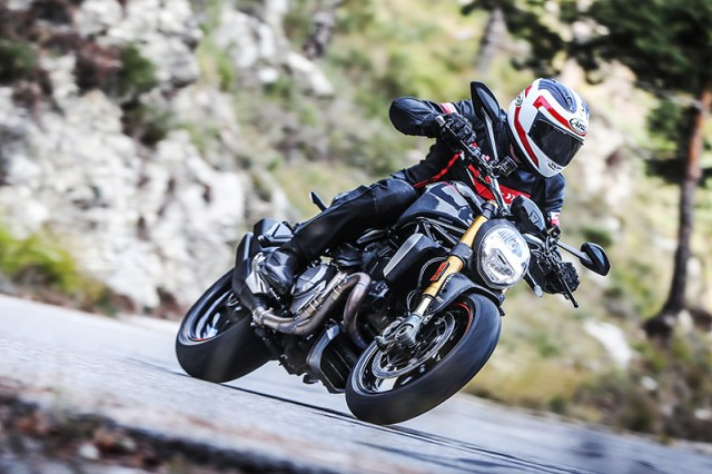 The new Ducati Monster 1200 S is more powerful than its predecessor but is smoother at low rpm.