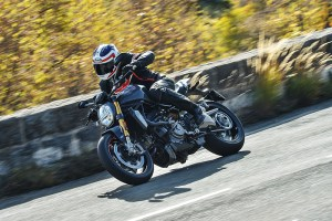 The 2017 Ducati Monster 1200 S is the best Monster yet.