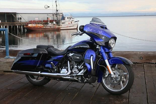 2017 Harley-Davidson CVO Street Glide