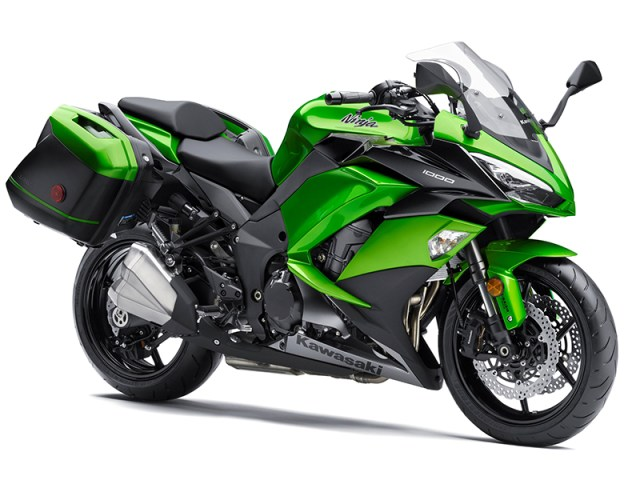 As before, the Kawasaki Ninja 1000 ABS is available with nicely integrated, color-matched accessory saddlebags.