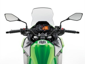With a small windscreen, a wide handlebar and an upright seating position, the Kawasaki Versys-X 300 should be comfortable and provide modest wind protection.