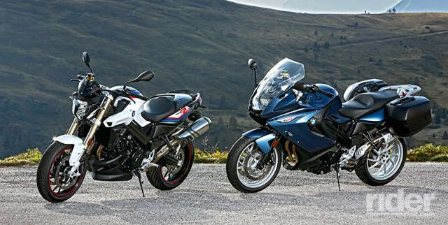 The 2017 BMW F 800 R (left) in BMW Motorsport colors and F 800 GT (right) in Gravity Blue metallic matt. (Photos: BMW)