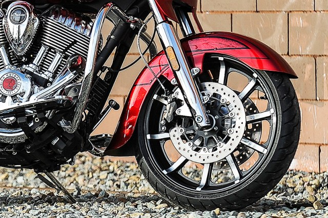2017 Indian Chieftain Elite front wheel