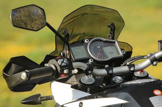 2017 KTM 1090 Adventure R cockpit