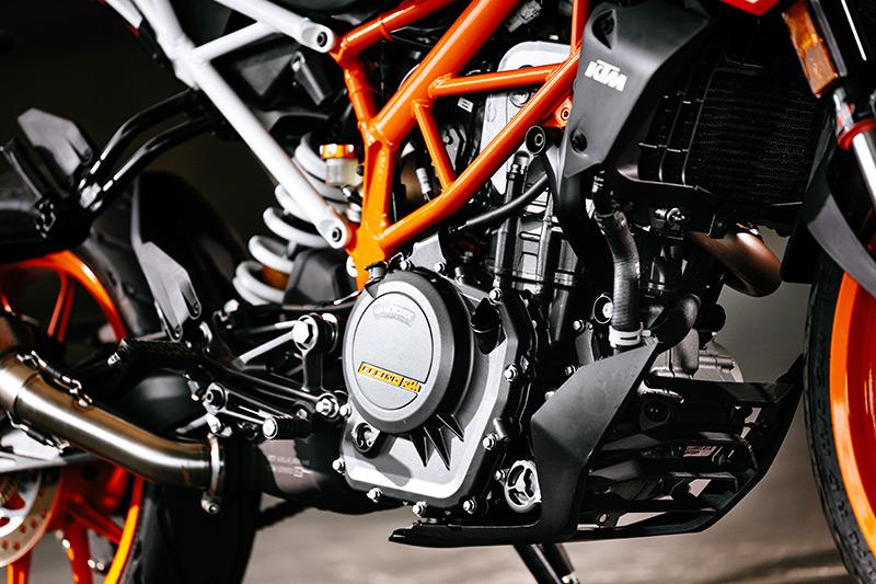 2017 Ktm 390 Duke First Ride Review Rider Magazine