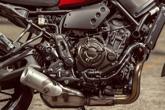2018 Yamaha XSR700 engine