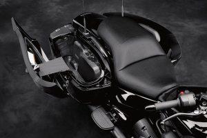 2018 Yamaha Star Eluder seat saddlebags