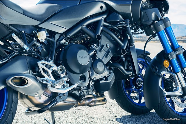 2019 Yamaha Niken engine