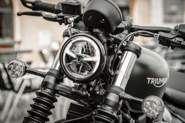 2018 Triumph Bobber Black