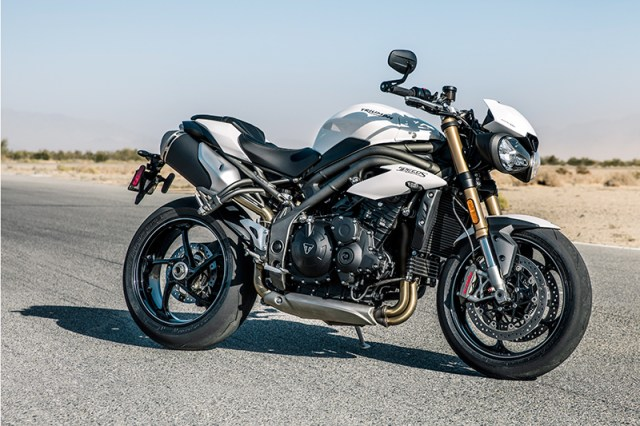 2018 Triumph Speed Triple S in Crystal White