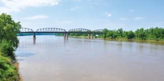 Missouri river road ride