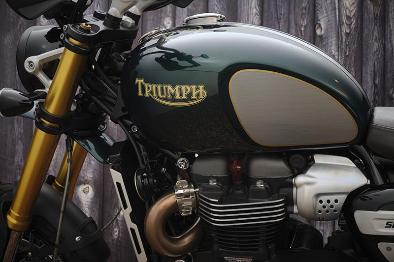 2022 Triumph Scrambler 1200 Steve McQueen Edition gas tank
