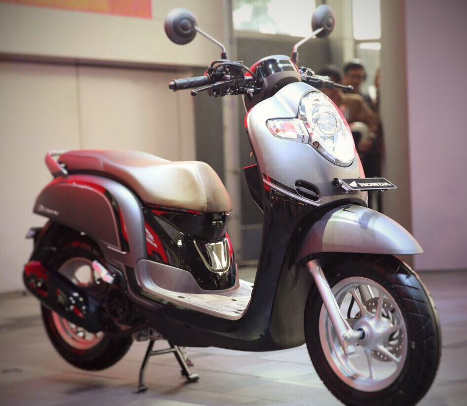 2017 All New Scoopy  makin bikin Happy