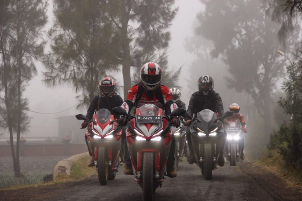 Honda CBR250RR Race to Bromo