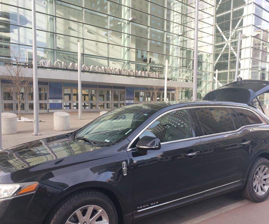 Ride To DIA from Colorado Convention Center