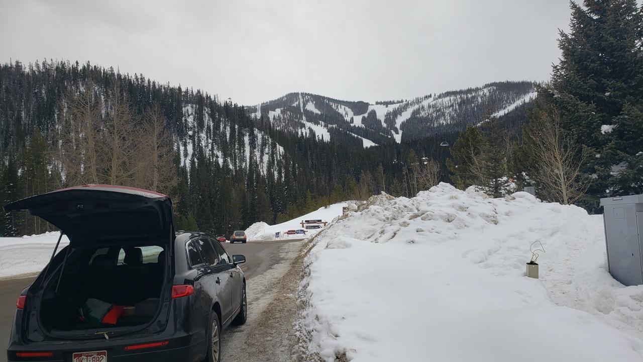black car ride arriving at Winter Park