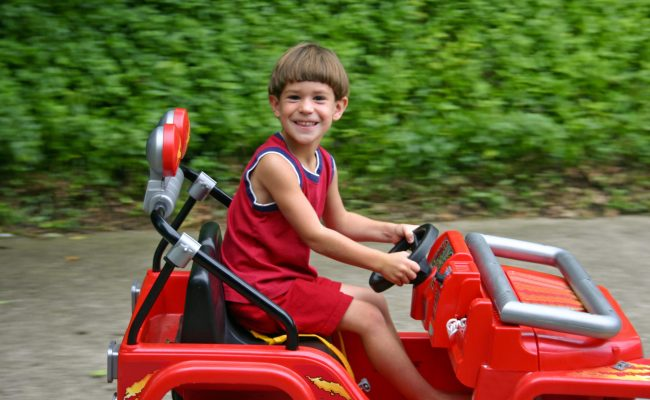 Battery Operated Cars For 8 Year Olds Ridetoyzone