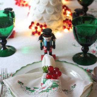 Setting a Festive Table for Christmas with Vintage Finds