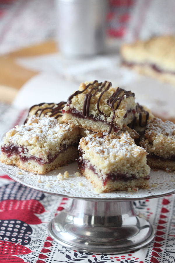 Just in time for Valentine's Day, Ridgely Brode shares a recipe for Raspberry Crumble-topped Bars on her blog, Ridgely's Radar.