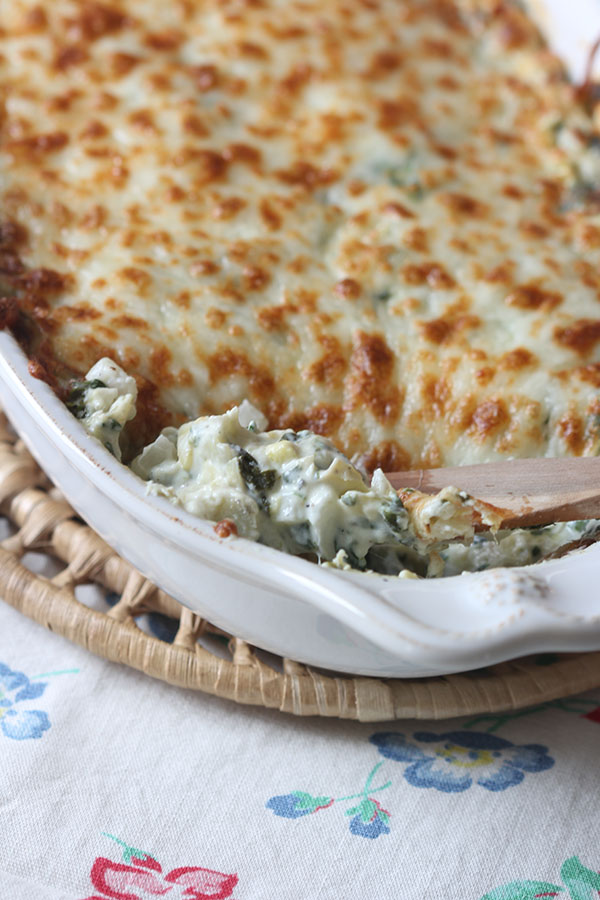 Ridgely Brode makes an Artichoke Spinach Dip that was a huge hit with her guests and shares the recipe on her blog Ridgely's Radar.