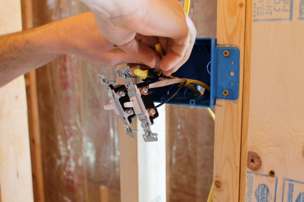 Also Wiring A Light Switch And Gfci Outlet As Well Wiring Gfi Outlets