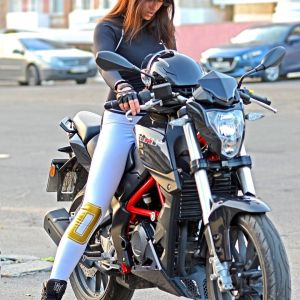 Benelli TNT 25 & Jeane on Ridin'GirlsBlog