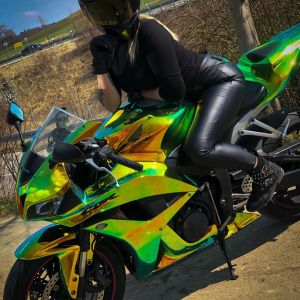 Эвелина & Honda CBR600RR on RidinGirlsBlog