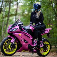 Photoshoot of the Week: November 2nd-8th 2020 - Yamaha YZF-R6 & Xenia