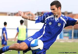 Rafael Alves Bastos Persib 01