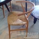 hans wegner replica,kursi cafe,cafe chair,furniture cafe chair,teak cafe chair,dining chair,creative cafe chair,unique cafe chair,model kursi cafe skandinavia