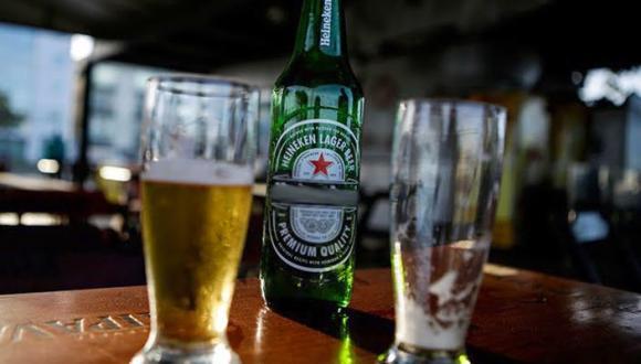 الحكومة تُعول على الحانات والمشروبات الكحولية لإنعاش الإقتصاد
