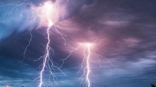 لائحة المدن التي ستشهد رياحا قوية وأمطارا رعدية اليوم وغدا