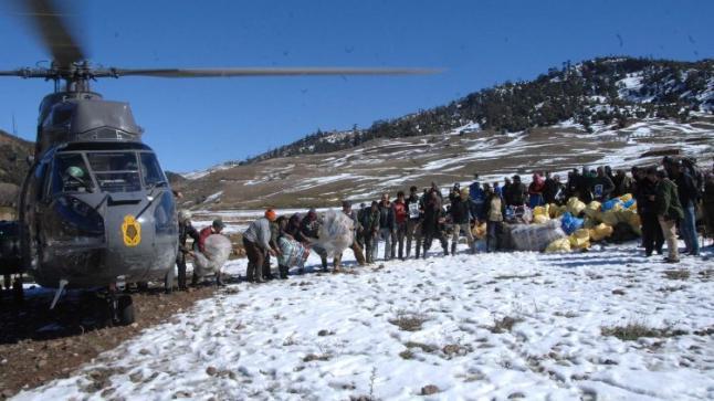 القوات المسلحة الملكية تتعبئ لتقديم الإغاثة والمساعدة للسكان المتأثرين بموجة البرد