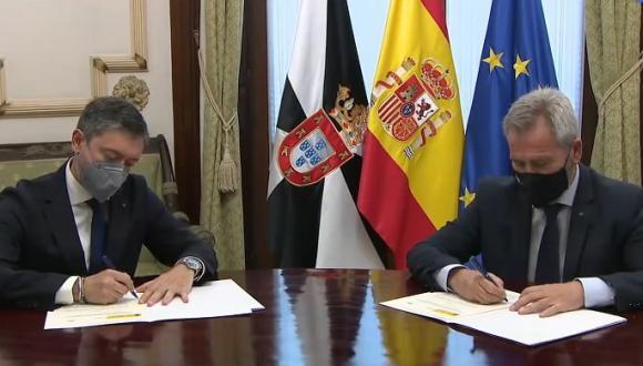 مدينة سبتة توقع أول اتفاقية على أمل الخروج من الحصار الاقتصادي المغربي
