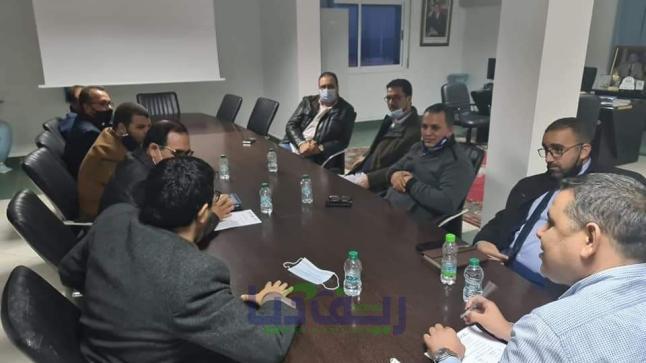 الاتحاد الاقليمي للنقابات بالناظور في لقاء تواصلي برئيس المجلس الجماعي (صور + وثيقة)